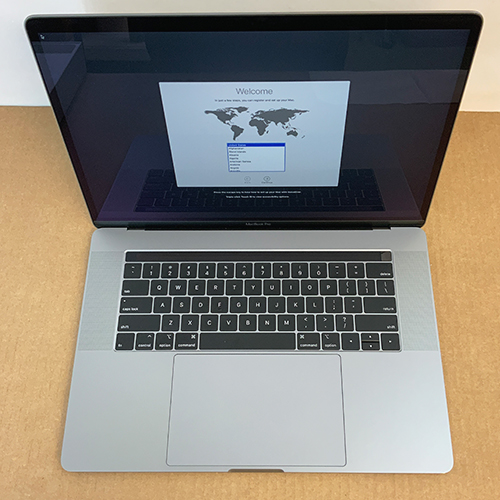 Open Box - MacBook Pro 15.4in 2.9GHz 6-Core i9 32GB/2TB RP560X 4GB Space Gray CTO (2018) at Small Dog Electronics