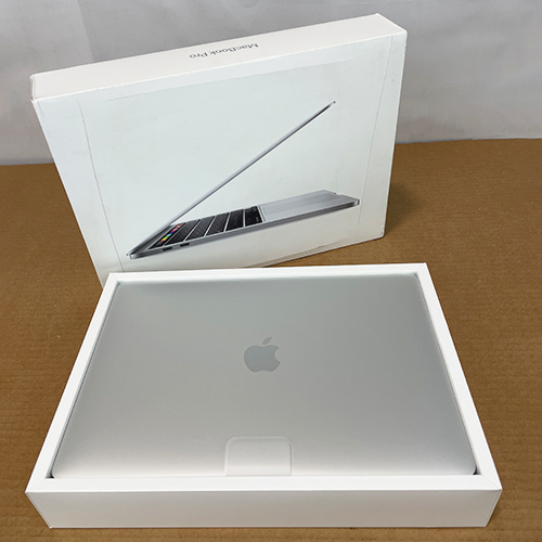 New, Open Box - MacBook Pro 13in 1.4GHz Quad-Core i5 8GB/512GB Silver MXK72LL/A (2020) at Small Dog Electronics